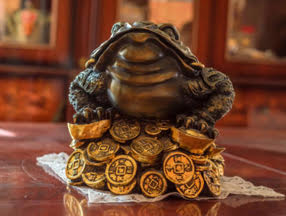 Animal-money symbolism - Frog